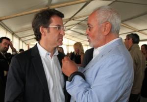 Alberto Núñez Feijóo y Jesús Ferreiro. Corme, 2011.