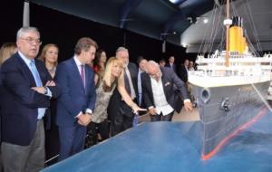 """Opening of the exhibition """"TITANIC: The Reconstruction"""" in Vigo, with the assistance of Alberto Núñez Feijóo, Enrique López Veiga, Rafael Lobeto Lobo, Begoña Merino Gran and Jesús Ferreiro Rúa. Vigo Maritime Station, Vigo, 2016."""